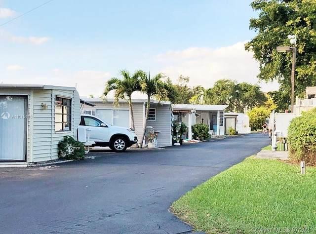 3300 Pembroke Rd, Hollywood, FL 33021 (MLS #A11075116) :: Jo-Ann Forster Team