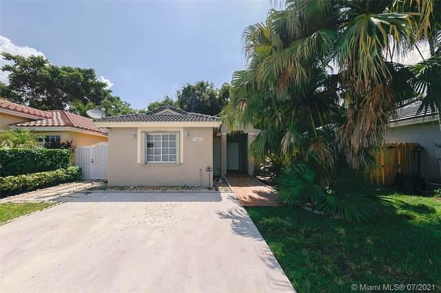 13843 SW 150th Ct, Miami, FL 33196 (MLS #A11075156) :: Douglas Elliman
