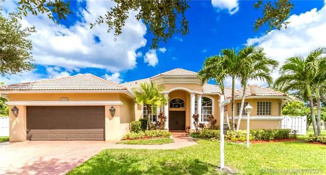 13704 NW 15th St, Pembroke Pines, FL 33028 (MLS #A11075324) :: All Florida Home Team