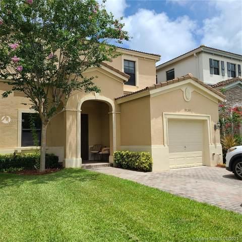 19285 NE 8th Ct, Miami, FL 33179 (#A11075336) :: Dalton Wade