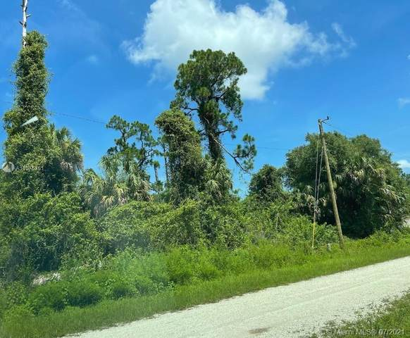 160 Nassau Ave, Lehigh Acres, FL 33974 (MLS #A11075351) :: Castelli Real Estate Services