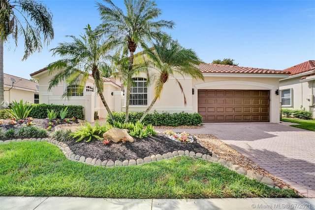 2566 Jardin Way, Weston, FL 33327 (MLS #A11075466) :: Castelli Real Estate Services