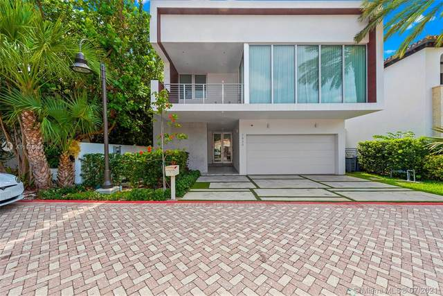 7830 Atlantic Way, Miami Beach, FL 33141 (MLS #A11075496) :: Carole Smith Real Estate Team