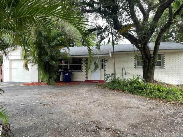 605 NE 164th St, Miami, FL 33162 (MLS #A11075521) :: Castelli Real Estate Services