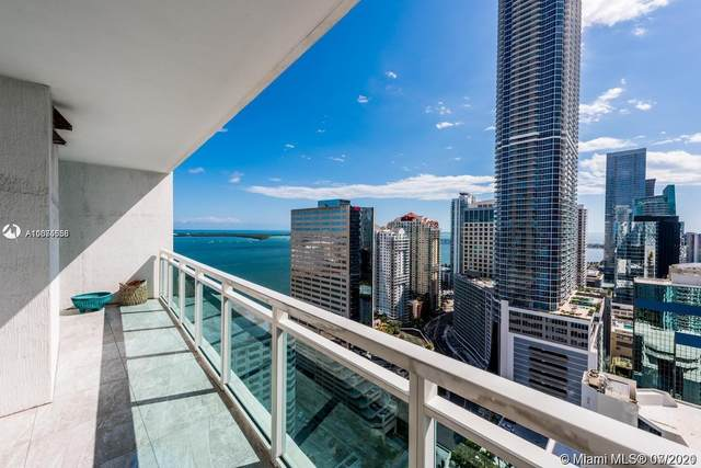950 Brickell Bay Dr #3205, Miami, FL 33131 (MLS #A11075556) :: Carole Smith Real Estate Team