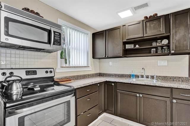4551 SW 38th St, West Park, FL 33023 (MLS #A11075574) :: Re/Max PowerPro Realty