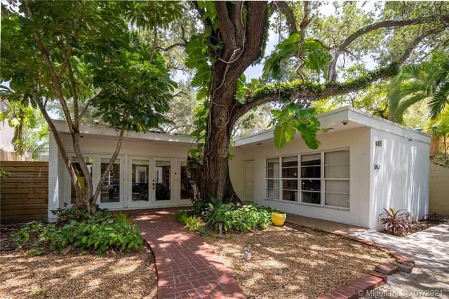 1767 Wa Kee Na Dr, Miami, FL 33133 (MLS #A11075702) :: The Riley Smith Group