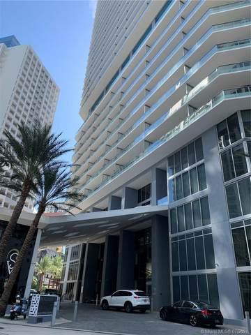 1300 Brickell Bay Dr #2308, Miami, FL 33131 (#A11076111) :: Dalton Wade