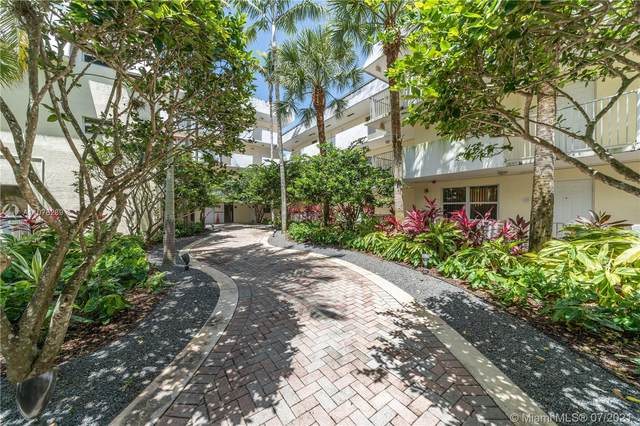 8950 SW 69th Ct #203, Pinecrest, FL 33156 (MLS #A11076289) :: Equity Realty