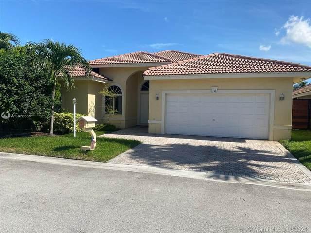 11581 SW 10th St, Pembroke Pines, FL 33025 (MLS #A11076330) :: Green Realty Properties