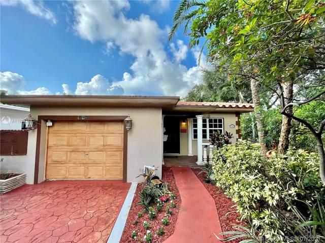 900 NE 122nd St, North Miami, FL 33161 (MLS #A11076358) :: Green Realty Properties