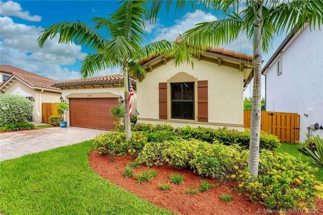 15393 SW 176th Ter, Miami, FL 33187 (MLS #A11076444) :: Vigny Arduz   RE/MAX Advance Realty