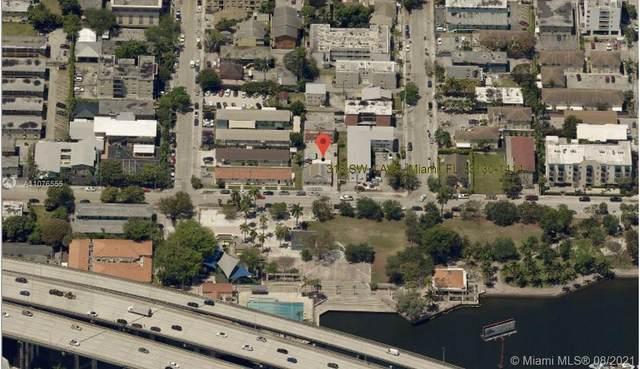 318 SW 4th Ave, Miami, FL 33130 (MLS #A11076555) :: The MPH Team