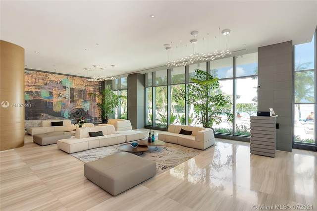 460 NE 28th St #3605, Miami, FL 33137 (MLS #A11076591) :: The Howland Group