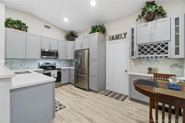 1711 129th Way, Davie, FL 33325 (MLS #A11076597) :: Miami Villa Group
