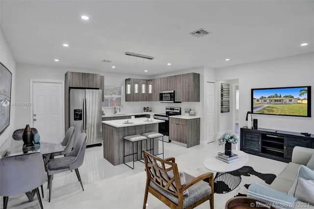 2501 Rodman St, Hollywood, FL 33020 (MLS #A11076622) :: Berkshire Hathaway HomeServices EWM Realty