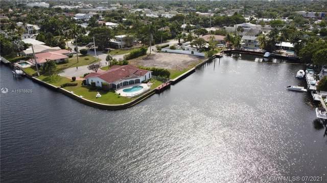 2221 NE 19th St, Fort Lauderdale, FL 33305 (#A11076625) :: Dalton Wade