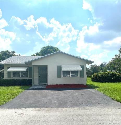 7606 NW 67th Ave, Tamarac, FL 33321 (MLS #A11076755) :: The Rose Harris Group