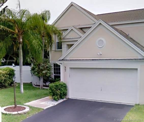 37 Teal Way, Boynton Beach, FL 33436 (MLS #A11076788) :: Castelli Real Estate Services