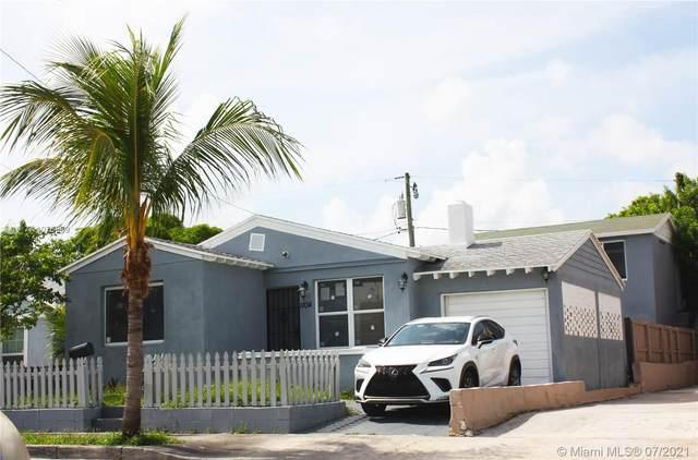 1104 17th St, West Palm Beach, FL 33407 (MLS #A11076969) :: Re/Max PowerPro Realty