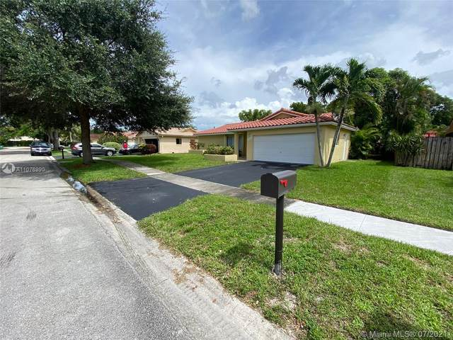 9658 NW 28th Ct, Coral Springs, FL 33065 (MLS #A11076990) :: Re/Max PowerPro Realty
