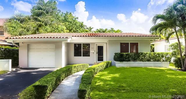 341 Aledo Ave, Coral Gables, FL 33134 (MLS #A11077000) :: The Howland Group