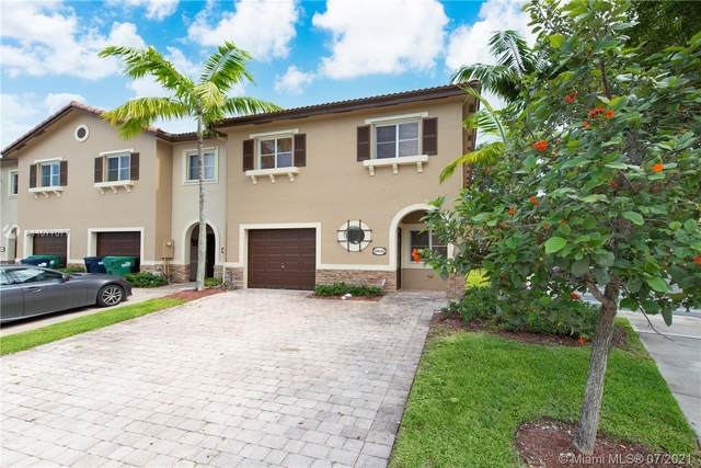 8936 SW 221st Ter #8936, Cutler Bay, FL 33190 (MLS #A11077077) :: Berkshire Hathaway HomeServices EWM Realty