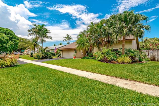 10133 NW 21st St, Pembroke Pines, FL 33026 (MLS #A11077122) :: The Rose Harris Group