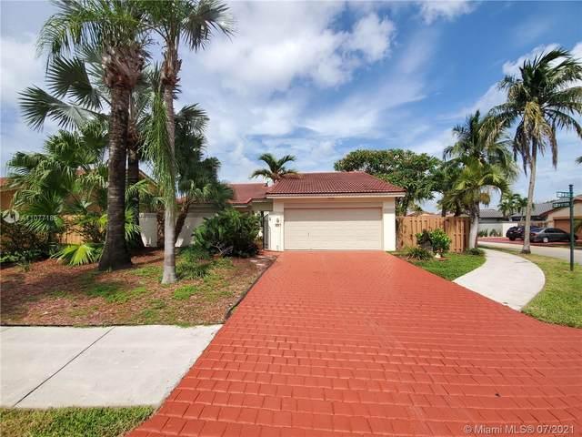 9215 SW 151st Ct, Miami, FL 33196 (MLS #A11077185) :: GK Realty Group LLC