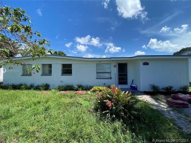 3762 Everglades Rd, Palm Beach, FL 33410 (MLS #A11077214) :: Prestige Realty Group