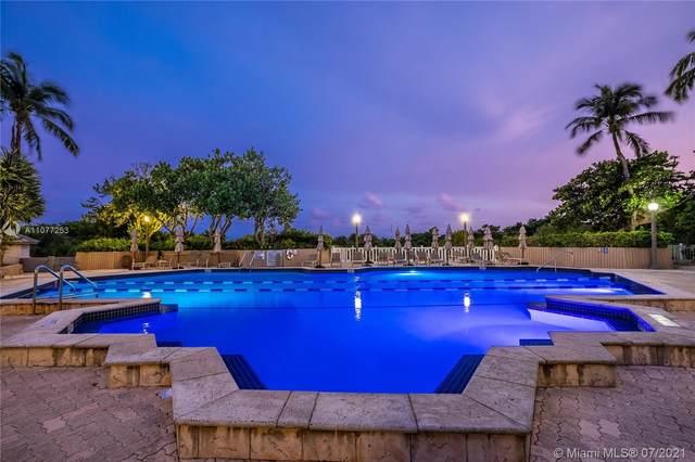 1121 Crandon Blvd D804, Key Biscayne, FL 33149 (MLS #A11077253) :: Castelli Real Estate Services