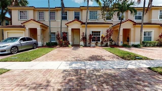 4124 NE 24th St, Homestead, FL 33033 (MLS #A11077268) :: Douglas Elliman