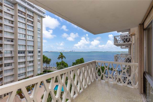 1430 Brickell Bay Dr #702, Miami, FL 33131 (MLS #A11077384) :: The Howland Group