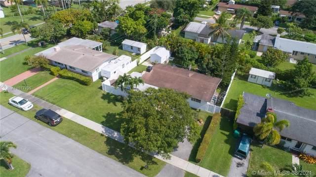8665 SW 125th Ter, Miami, FL 33156 (MLS #A11077705) :: Douglas Elliman