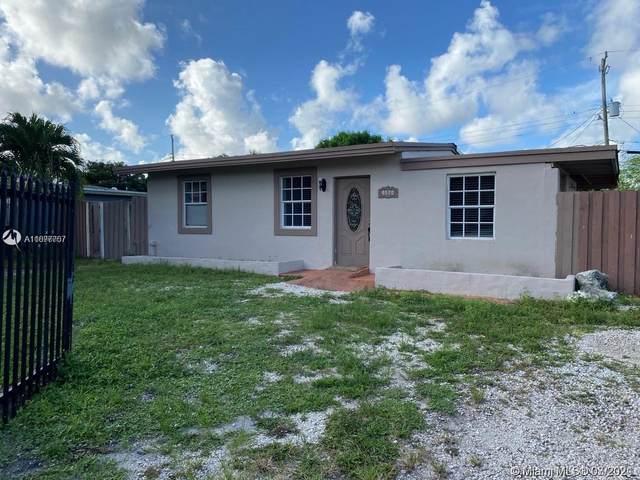 4570 SW 39th St, West Park, FL 33023 (MLS #A11077757) :: GK Realty Group LLC