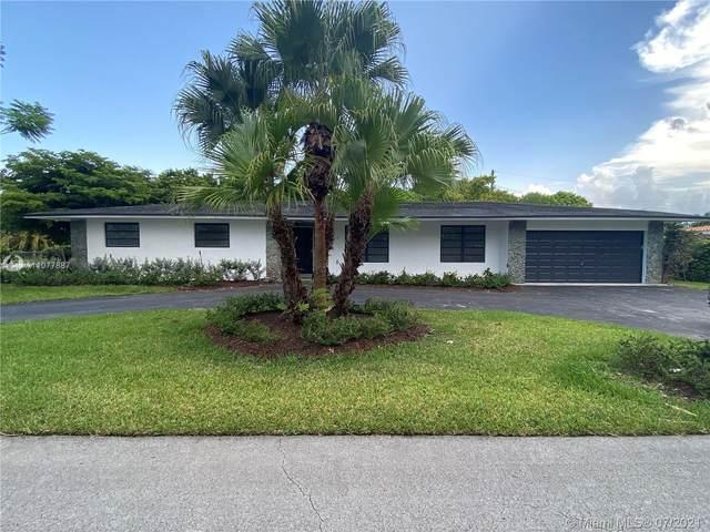8900 SW 74th Terr, Miami, FL 33173 (MLS #A11077887) :: Jo-Ann Forster Team
