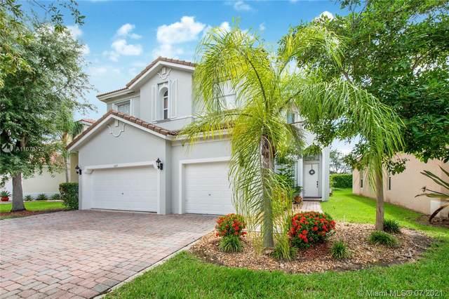 1147 NE 37th Pl, Homestead, FL 33033 (MLS #A11078129) :: CENTURY 21 World Connection