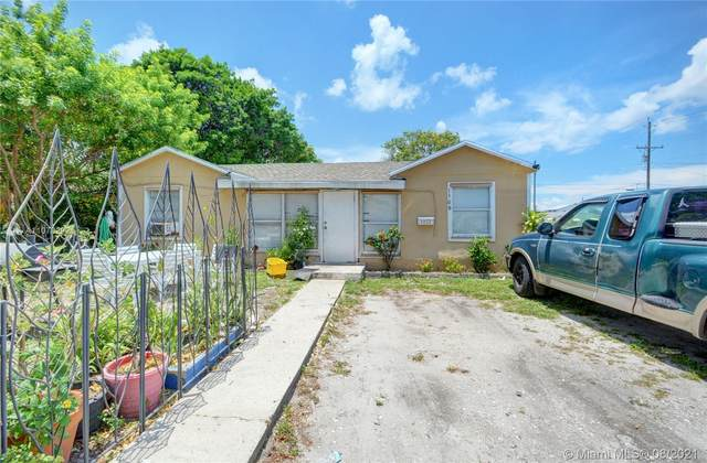 1506 S K Ln, Lake Worth, FL 33460 (MLS #A11078292) :: Prestige Realty Group