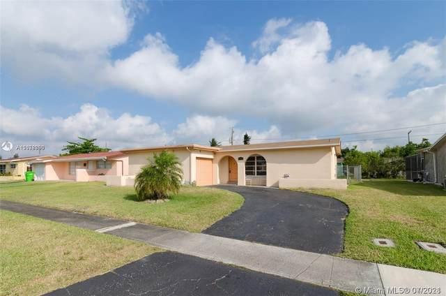 8921 NW 25th St, Sunrise, FL 33322 (MLS #A11078366) :: Berkshire Hathaway HomeServices EWM Realty