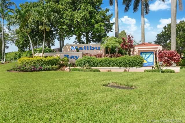 637 NW 208 Drive Na, Pembroke Pines, FL 33029 (MLS #A11078477) :: All Florida Home Team