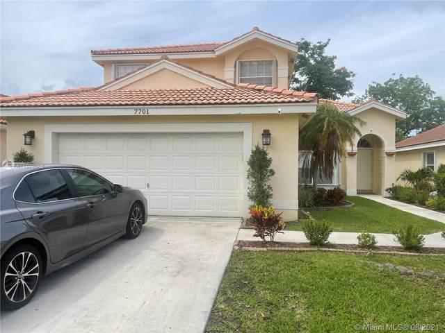 7701 Bristol Bay Ln, Lake Worth, FL 33467 (MLS #A11078608) :: Prestige Realty Group