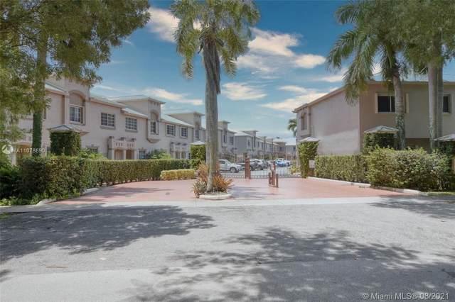15750 SW 92nd Ave 24C, Palmetto Bay, FL 33157 (MLS #A11078690) :: Berkshire Hathaway HomeServices EWM Realty