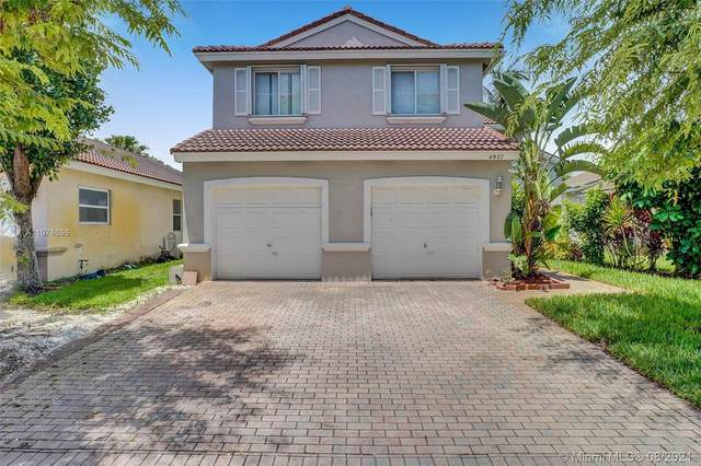 4827 SW 34th Ave, Hollywood, FL 33312 (MLS #A11078696) :: All Florida Home Team