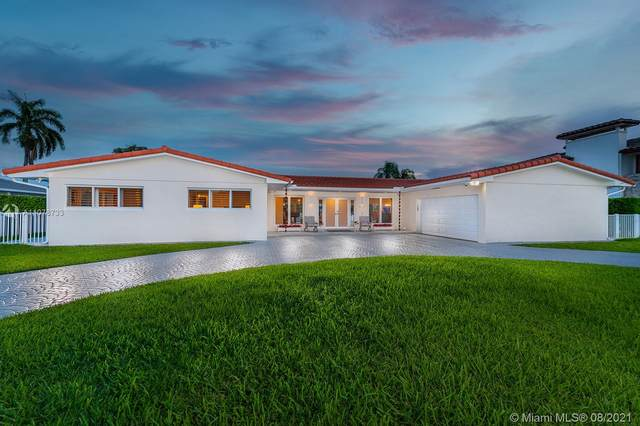 6830 Winged Foot Dr, Hialeah, FL 33015 (MLS #A11078733) :: Green Realty Properties