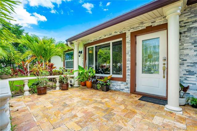6130 SW 15th Ct, North Lauderdale, FL 33068 (MLS #A11078807) :: The Rose Harris Group