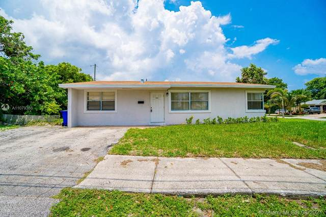 521 SW 15th St, Deerfield Beach, FL 33441 (MLS #A11079388) :: THE BANNON GROUP at RE/MAX CONSULTANTS REALTY I