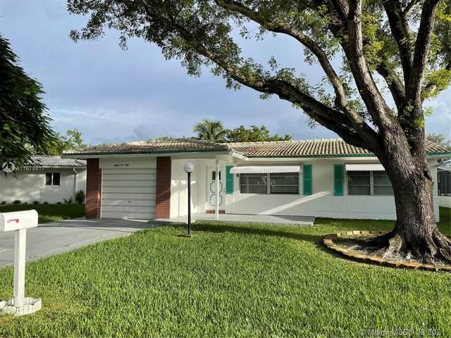 8550 NW 17th Pl, Plantation, FL 33322 (MLS #A11079417) :: Carlos + Ellen