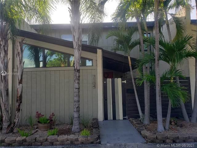 7104 SW 111th Pl #7104, Miami, FL 33173 (MLS #A11079432) :: Castelli Real Estate Services