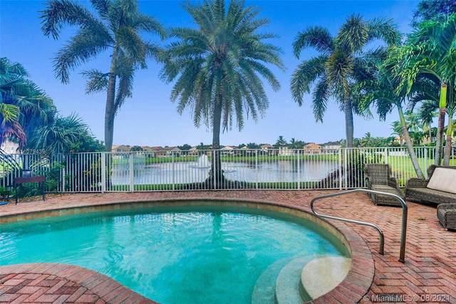 4851 Modern Dr, Delray Beach, FL 33445 (MLS #A11079439) :: Green Realty Properties
