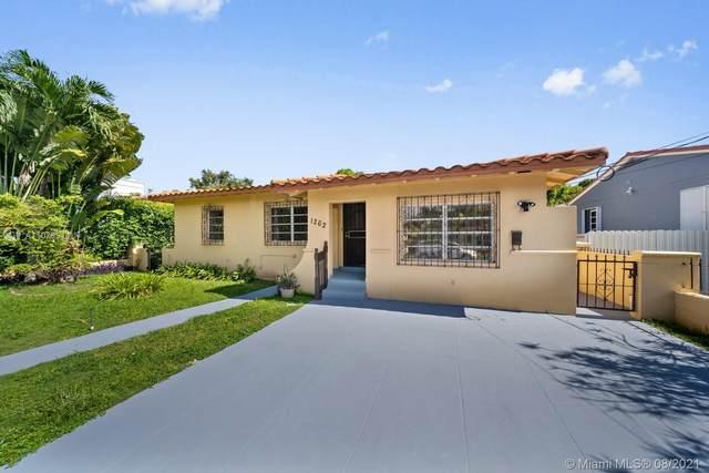 1262 SW 15th St, Miami, FL 33145 (MLS #A11079514) :: All Florida Home Team